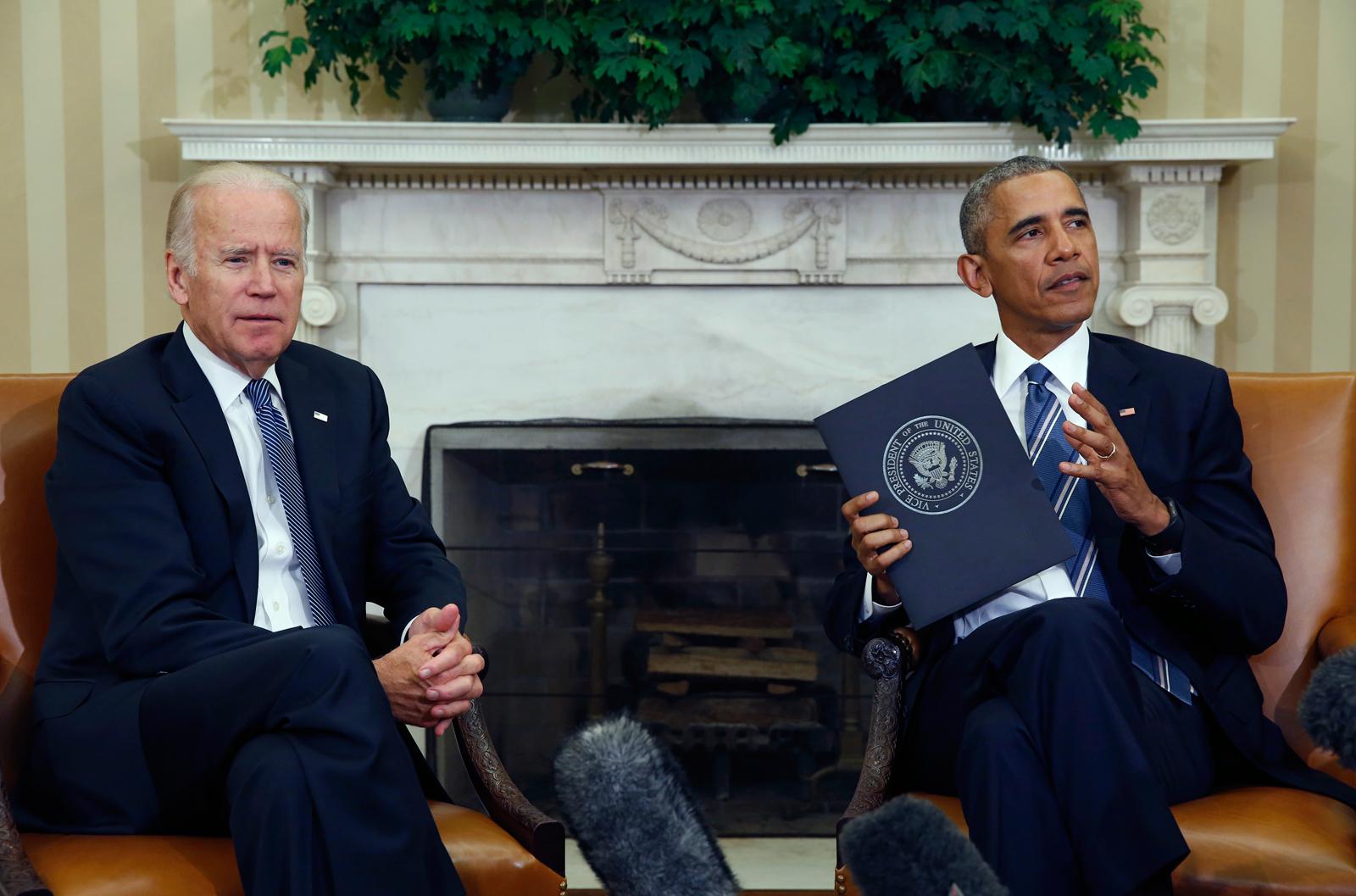 Joe Biden and Barack Obama discuss the Cancer Moonshot Report.
