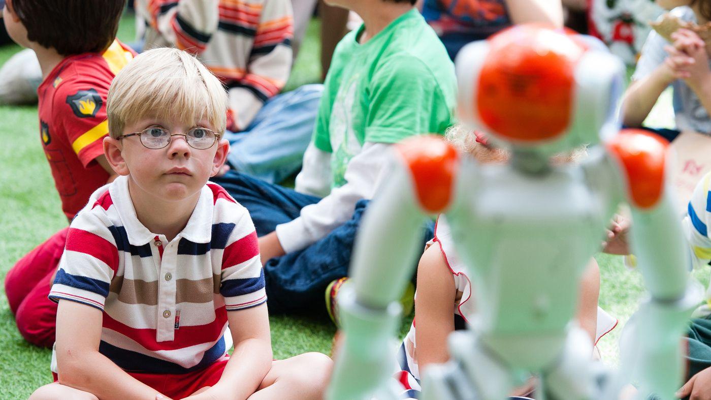 子どもは、ロボットをロールモデルとして受け入れると判明