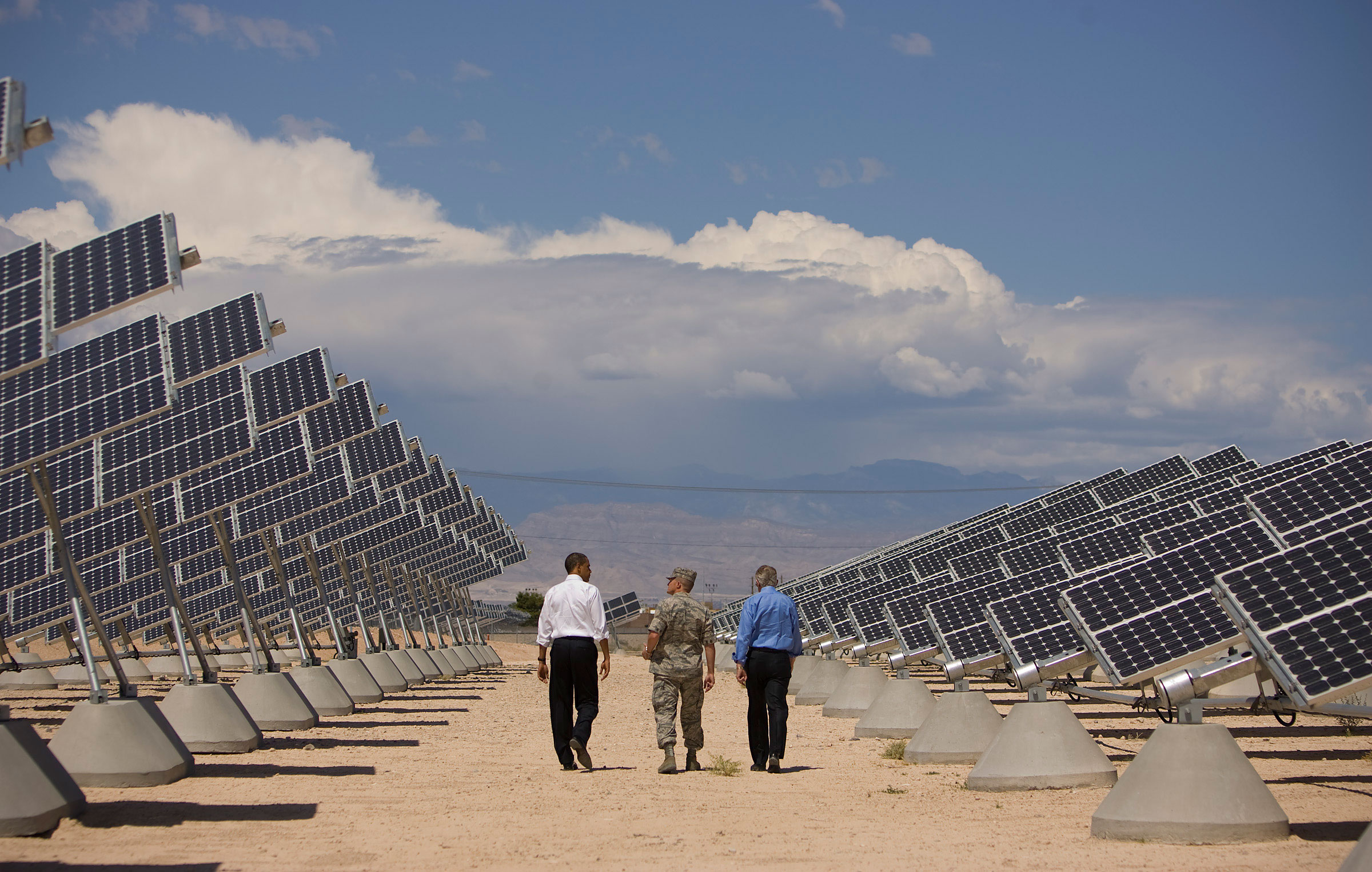 Barack Obama takes a tour of solar power facilities at Nellis Air Force Base in Las Vegas.