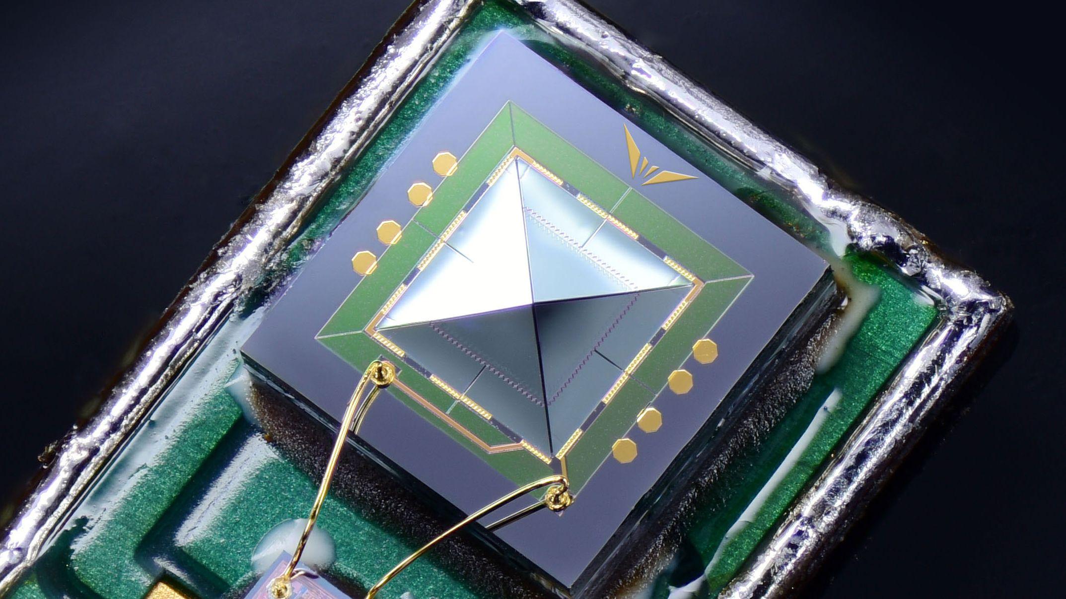 アマゾン・エコーが採用? 防水防塵低電力な MEMSマイク