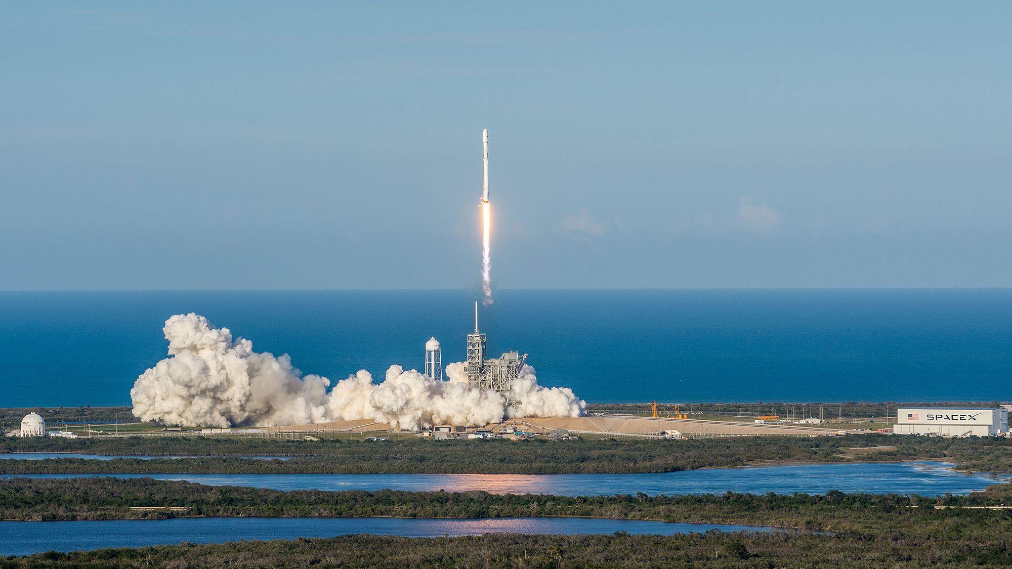 スペースX、次は24時間以内のロケット再発射に挑戦