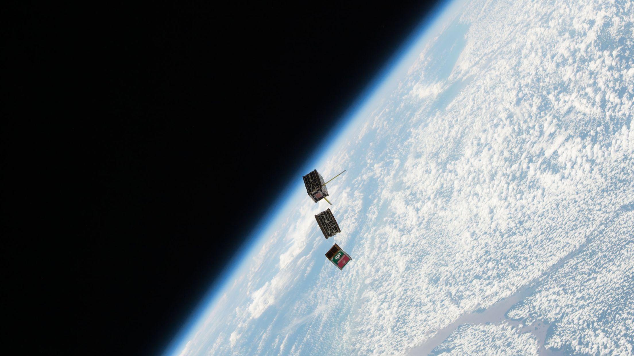 人工衛星の低コスト化で「ケスラーシンドローム」が現実化