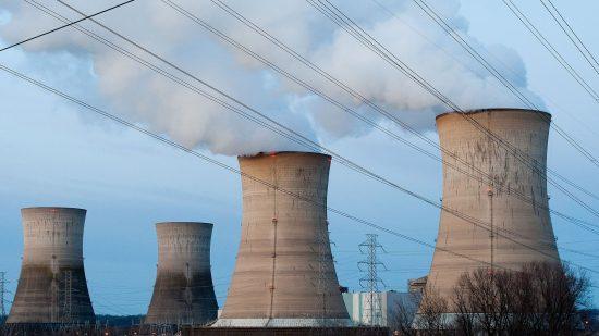 老朽化原発はクリーンエネルギー転換の足かせ