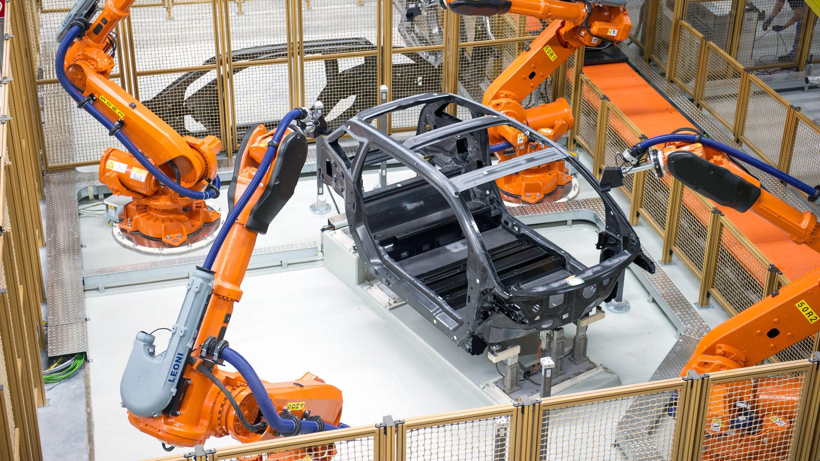 ロボットは人間の仕事を奪う? 奪わない?