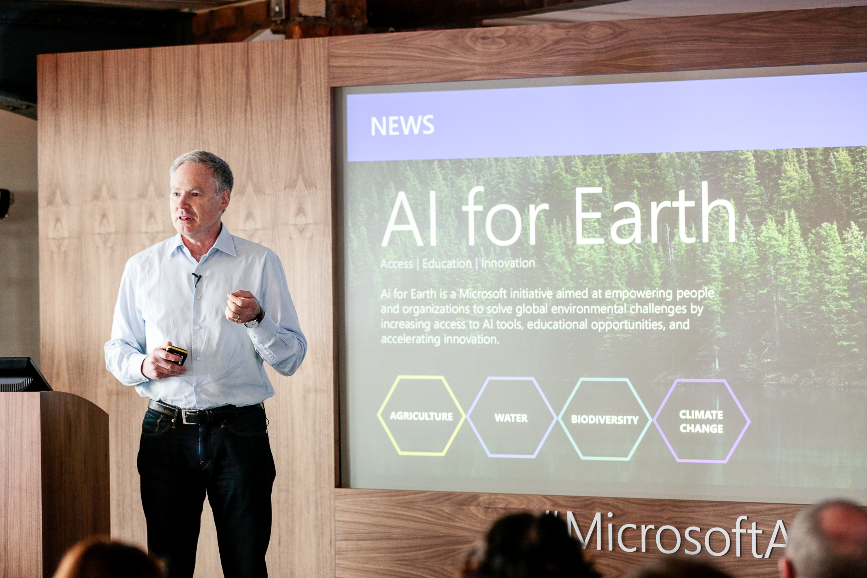 Eric Horvitz, managing director of Microsoft Research, speaking in London.