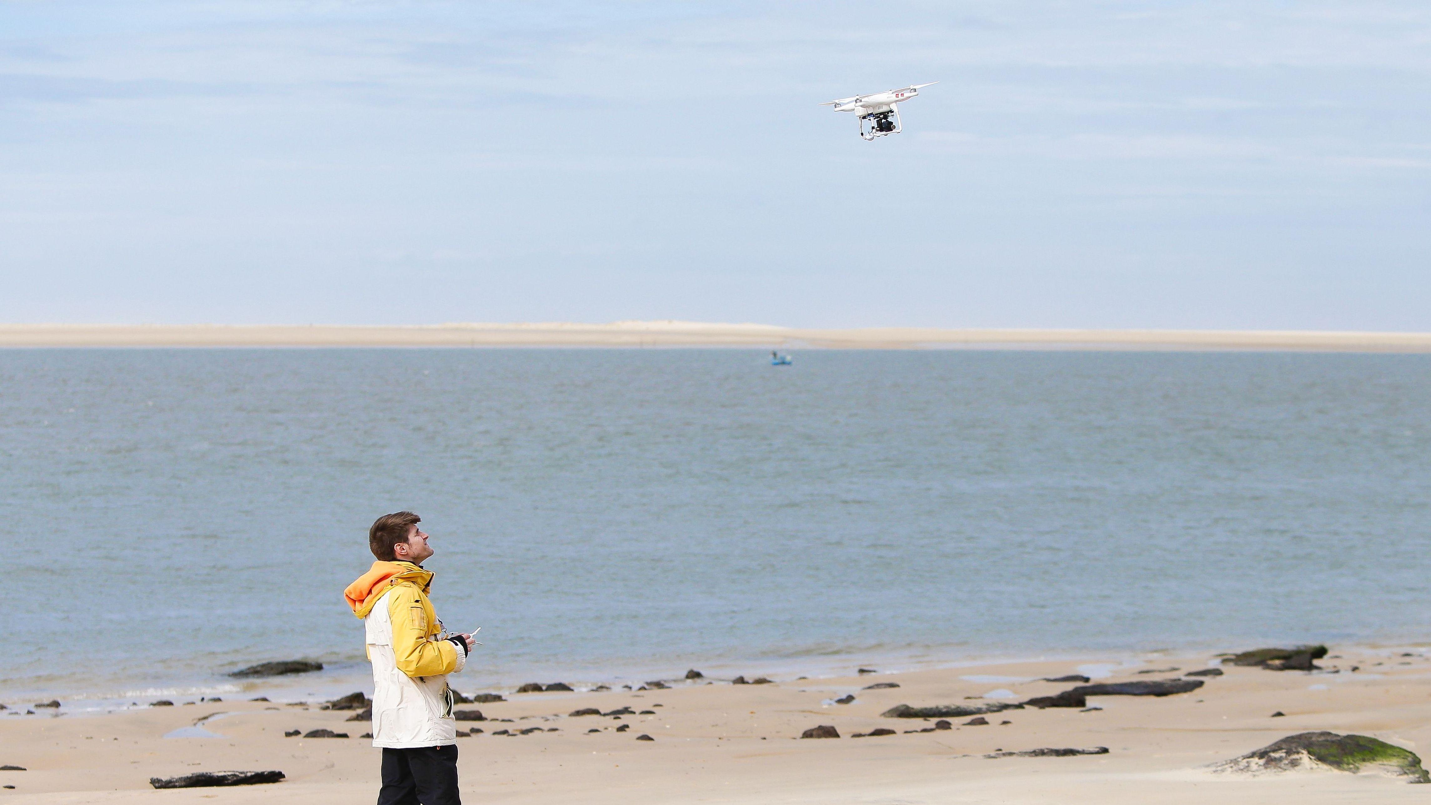 電池切れでも墜落しない NASA開発の新技術で 宅配ドローンは離陸するか