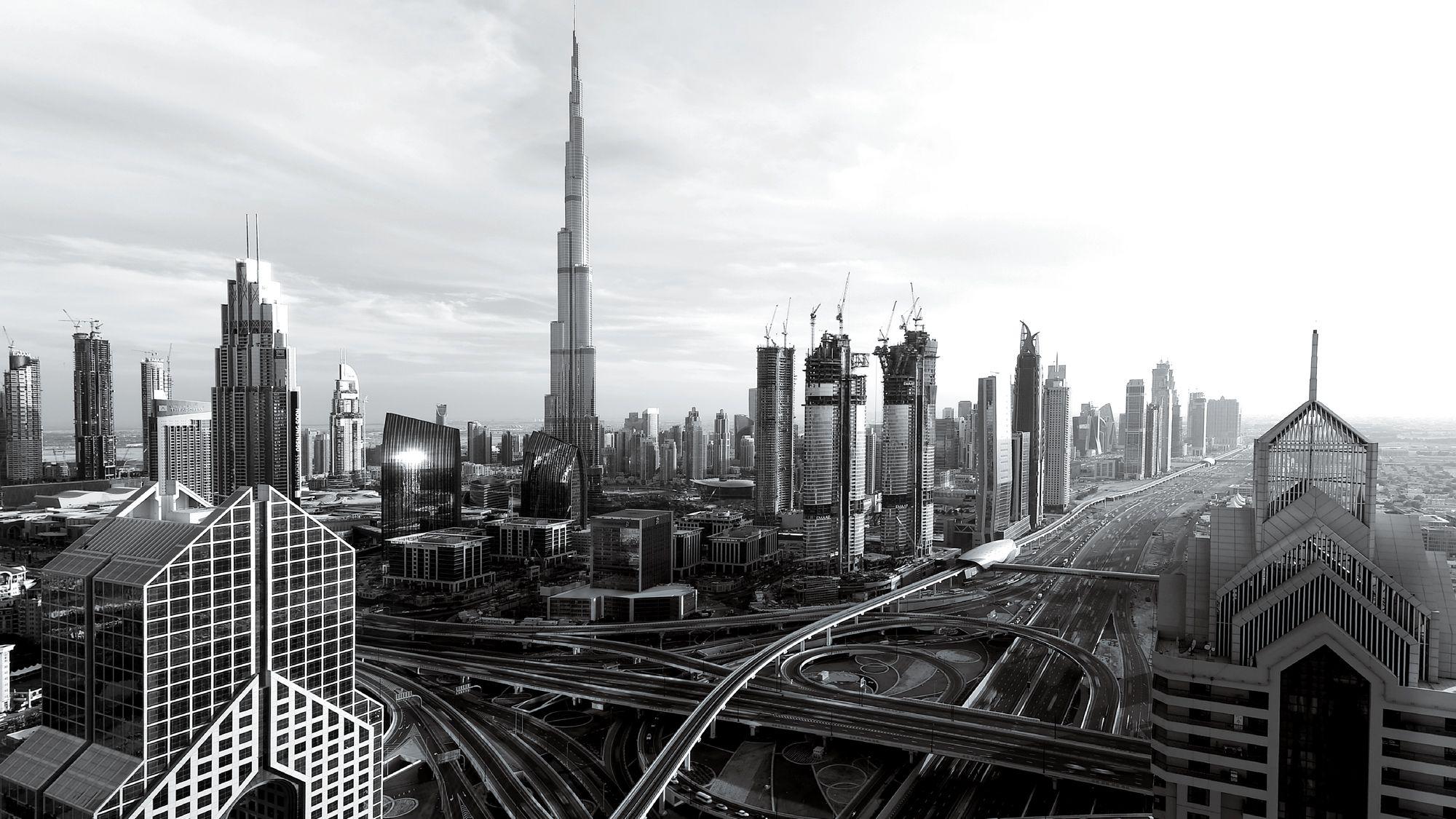 熱狂するドバイ、 アラブテック経済は 世界を変えるか?