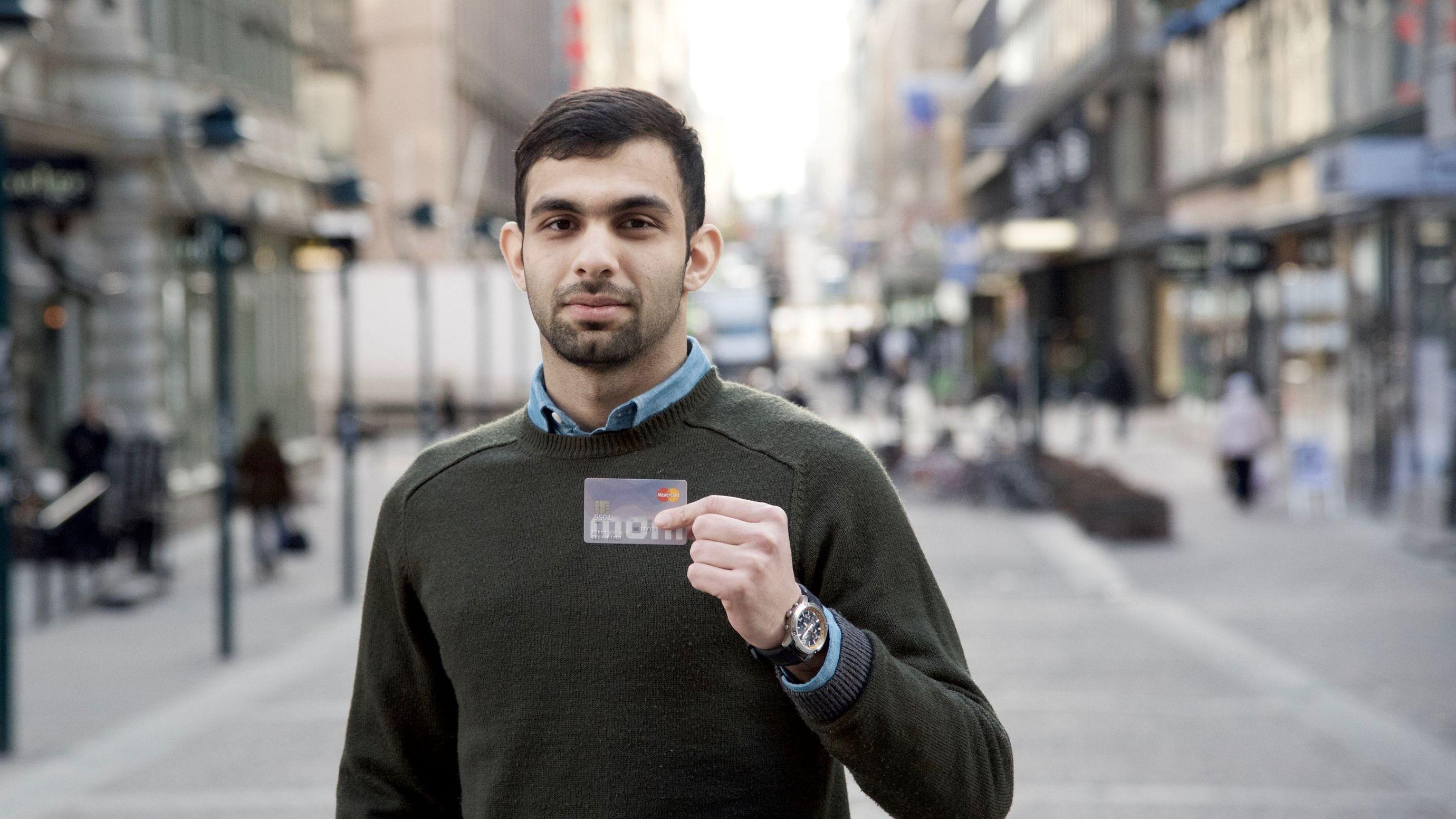 ブロックチェーンが変えた フィンランドの難民支援