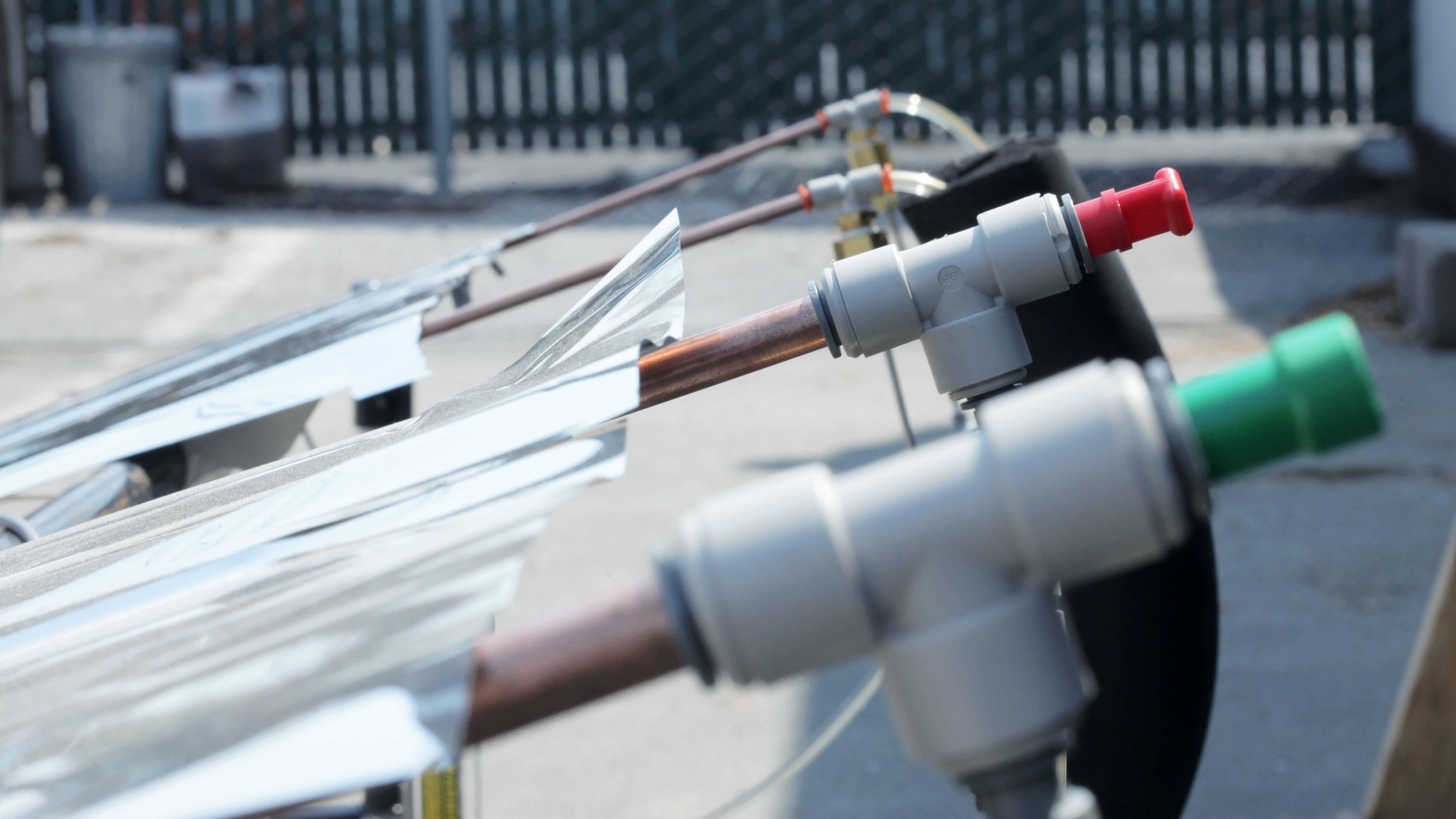 空調コストを大幅削減 新素材の放射冷却が試験中