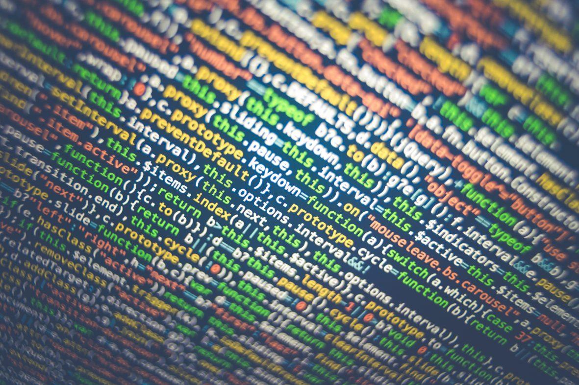 サイバーセキュリティ人材不足をAIで補う企業が増加中