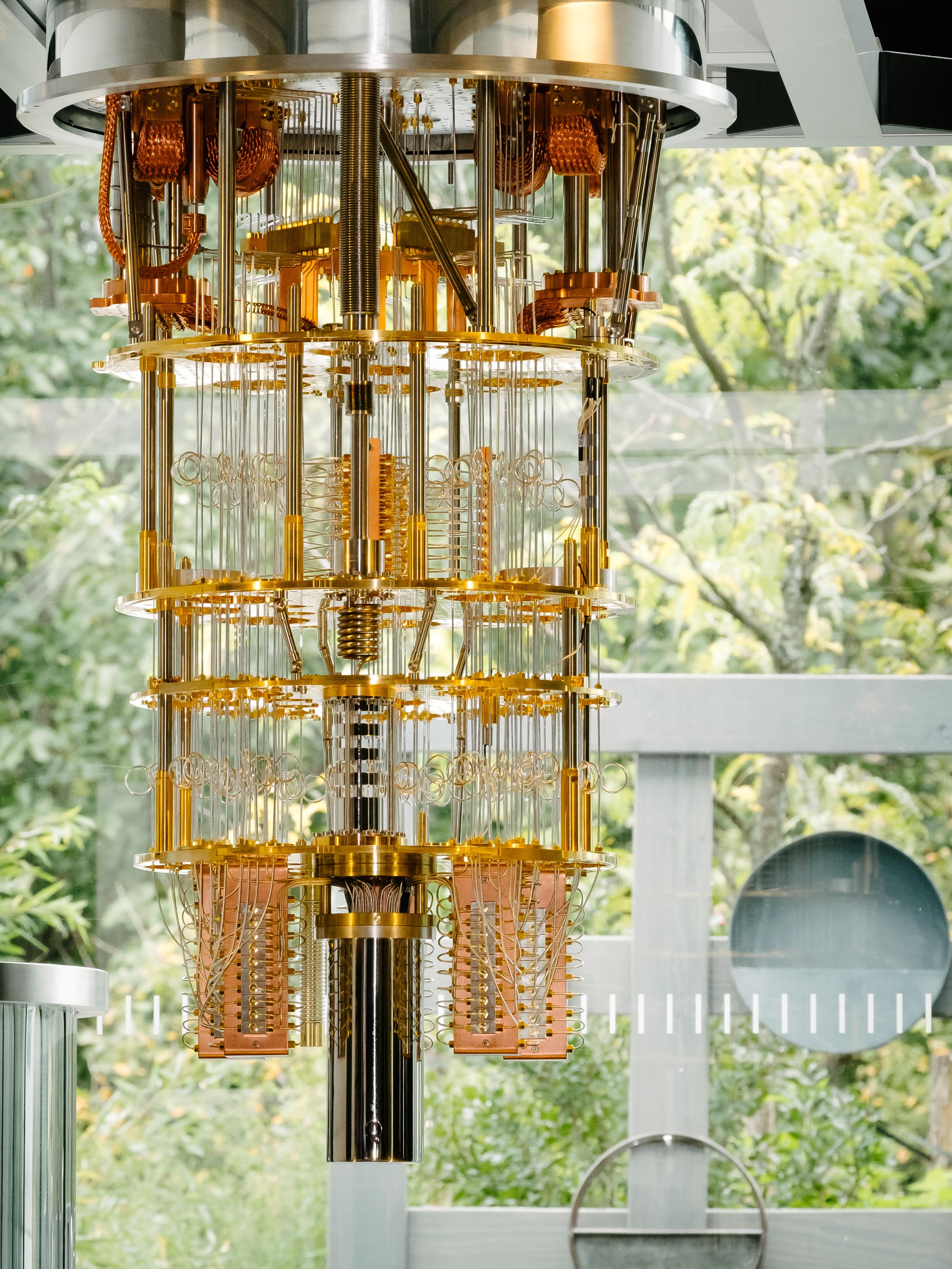 50キュービットの 量子コンピューターを IBMがついに発表