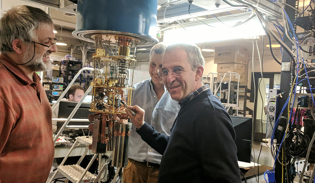 グーグル、IBMと量子コンピューターの事業化を競う謎の新興企業