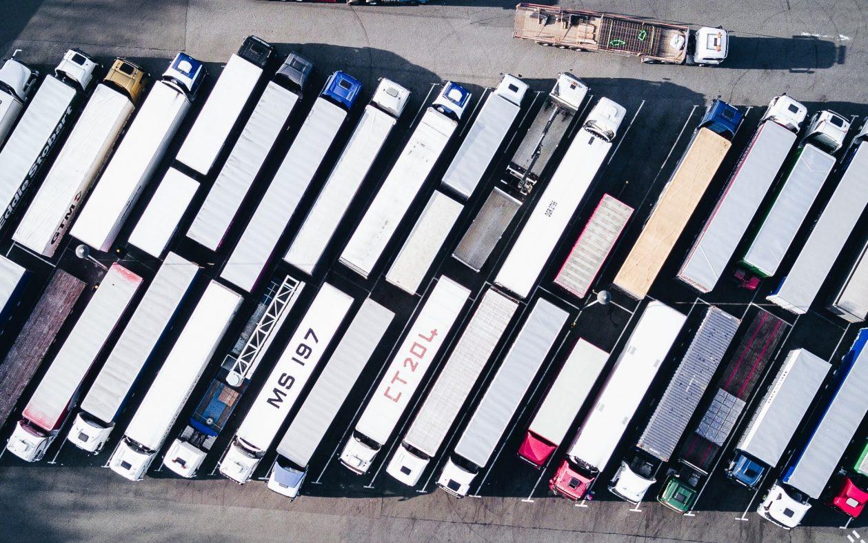 米国でELD設置が義務化、トラック運転手を守れるのか