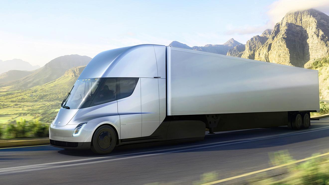 テスラの電気セミトラックがお披露目、しかし価格は未発表