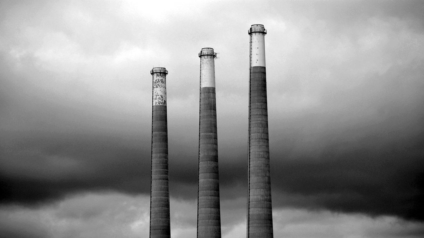 中国が世界最大の炭素市場を設立、気候変動対策のリーダーへ
