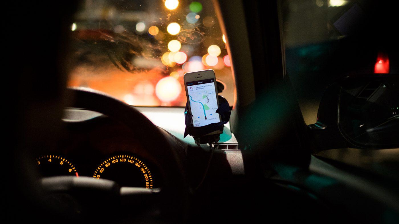 ウーバーはテック企業ではなくタクシー会社、EU司法裁が認定