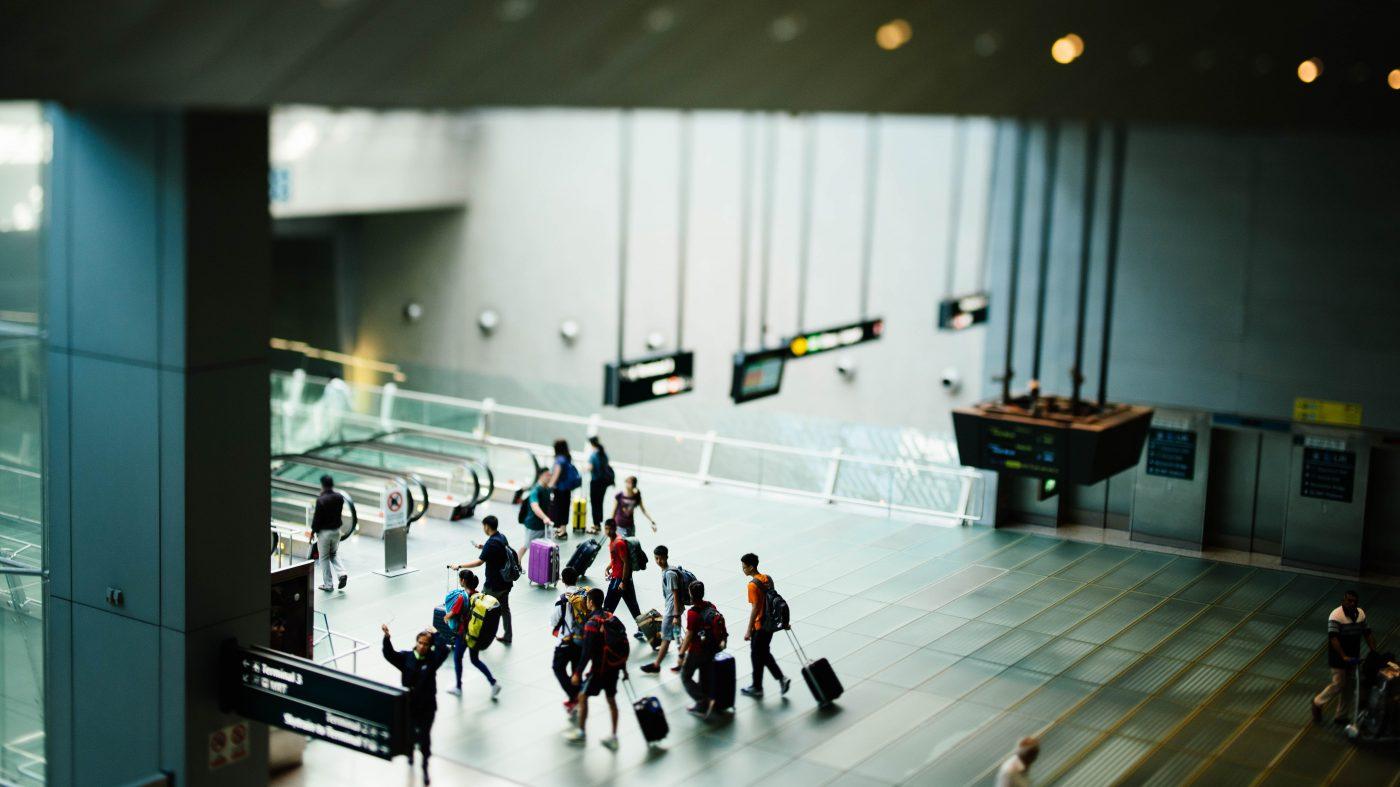 米国の空港で導入が進む顔認証ゲートに法的問題の恐れ