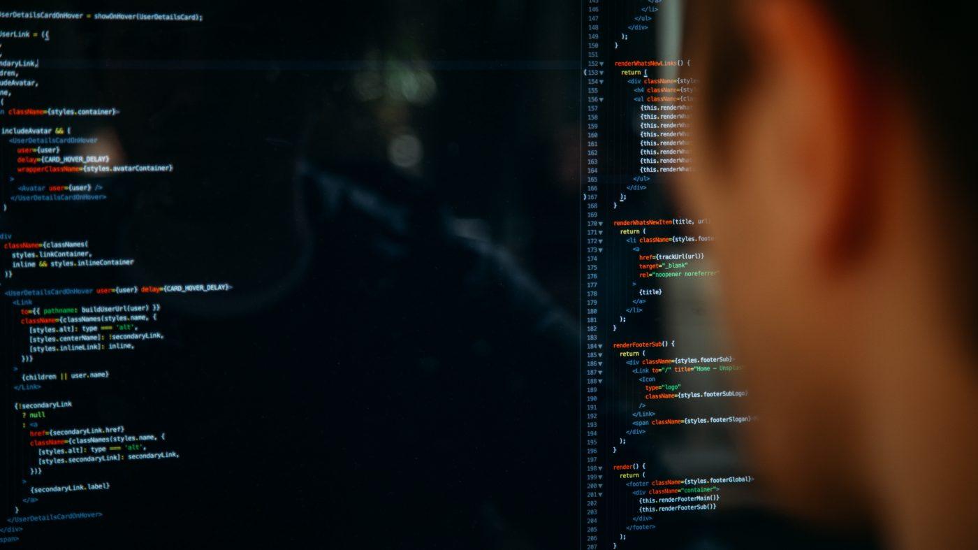 職業プログラマーは独学でプログラミングを学んでいる