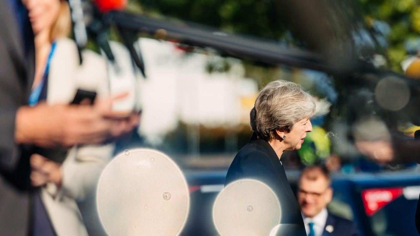 英国がフェイクニュース対策で専門部隊を設置、AI倫理機関も