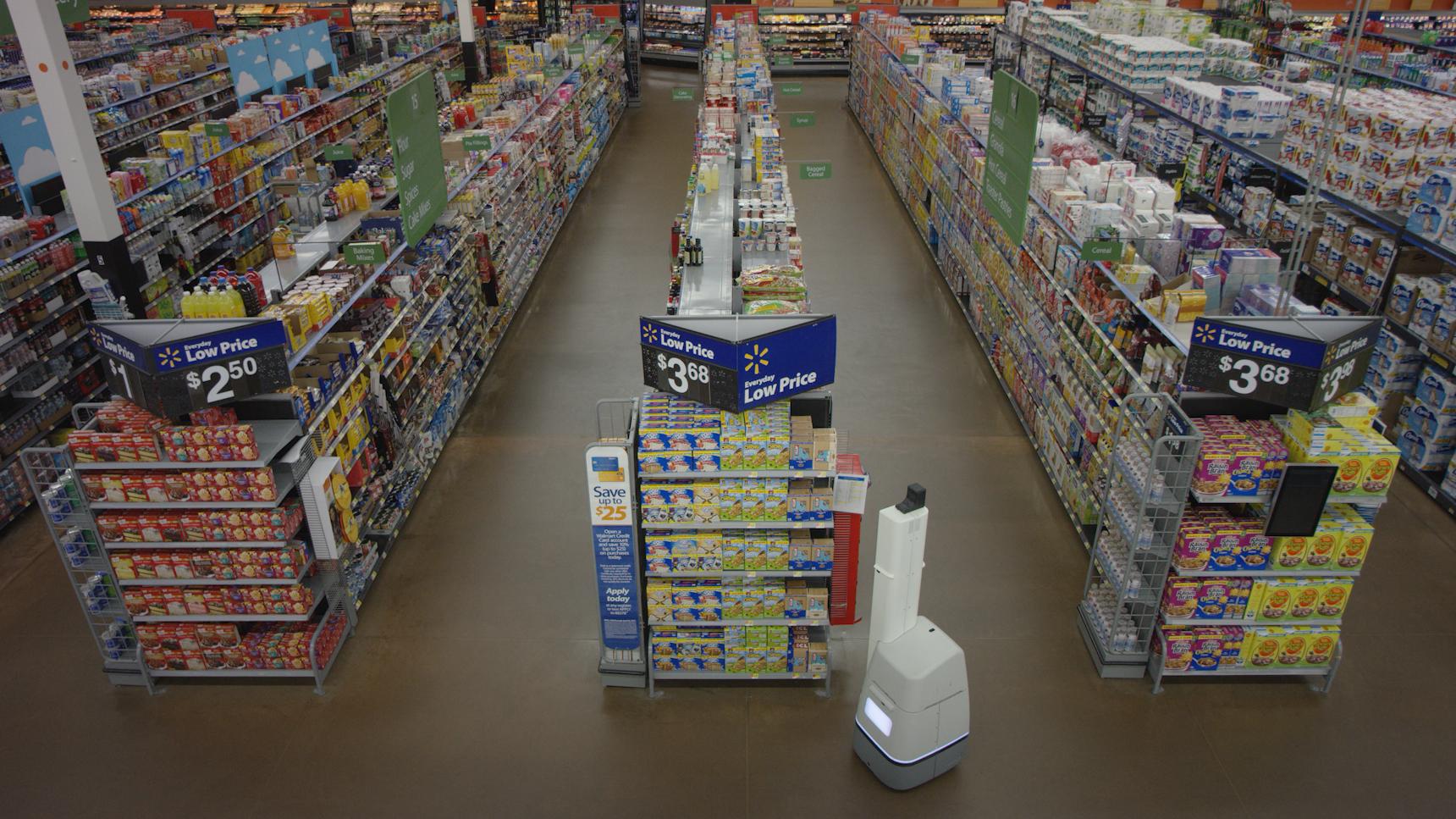 ウォルマートの棚管理ロボ導入で店員・客が見せた意外な反応