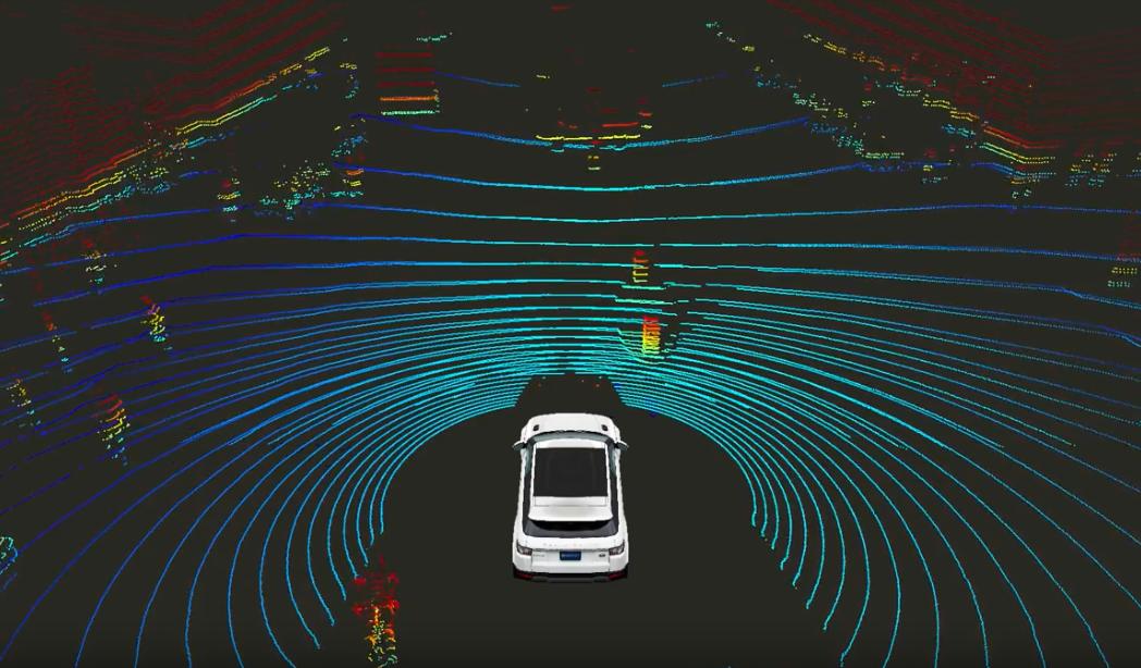 自律自動車向けの高精度地図、まだ見えぬ勝者への道筋