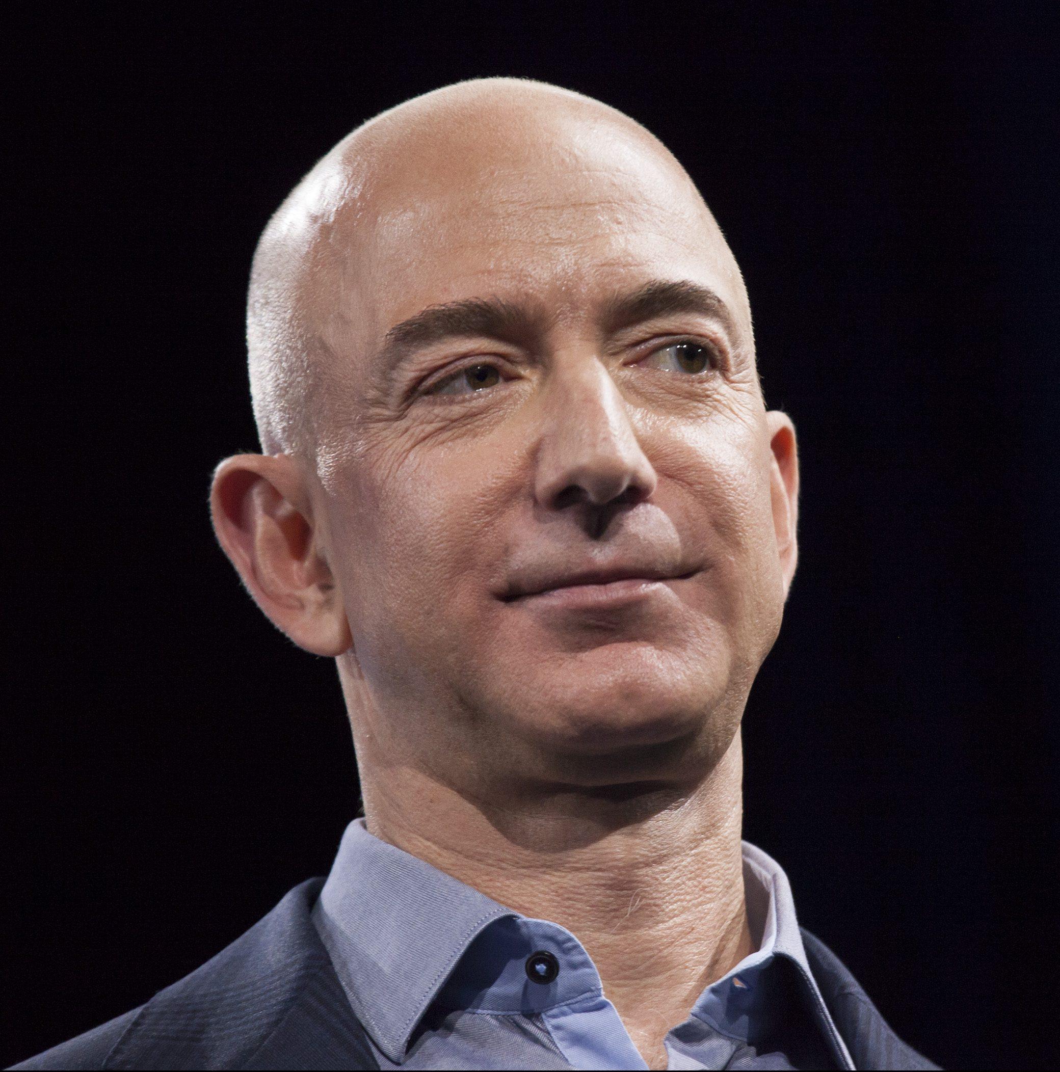 ジェフ・ベゾスが 招待者限定イベントで見せた アマゾンの未来