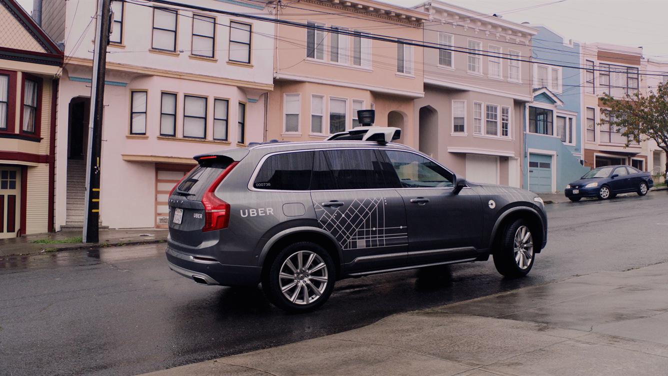 ウーバーの自動運転技術に欠陥疑惑、ウェイモと差