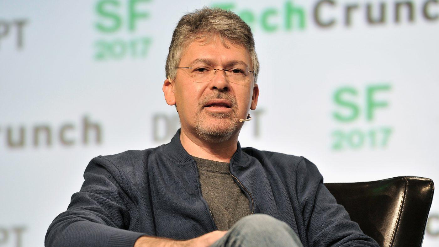 グーグル、組織再編でAI事業強化へ