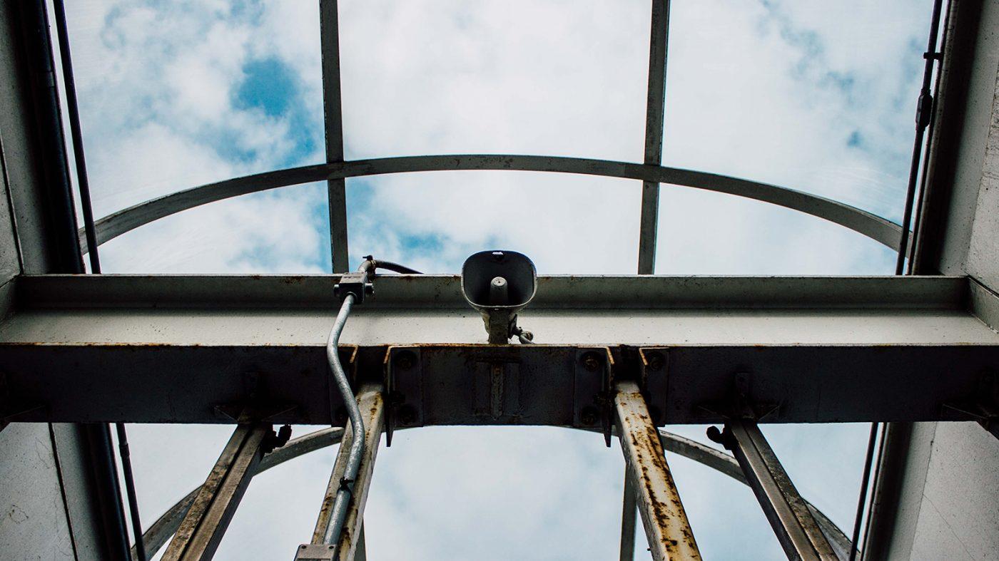 試験放送から無線信号を解読、緊急警報システムに乗っ取りのリスク