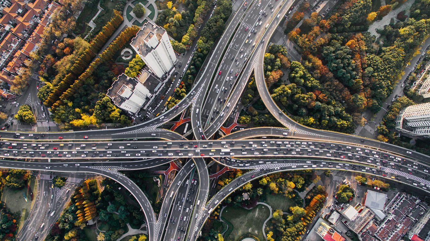 アリババが自律自動車を開発中、輸送事業参入へ