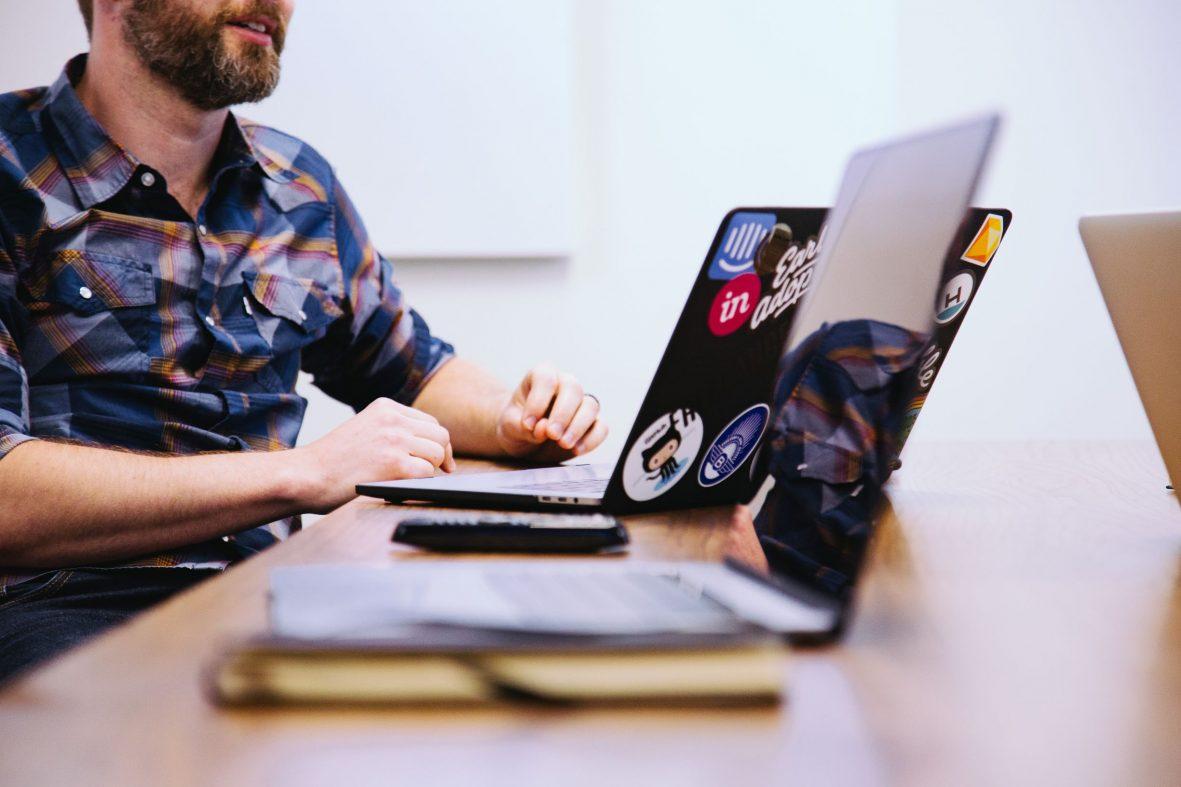 マイクロソフトがGitHubを75億ドルで買収、開発者からは不安も