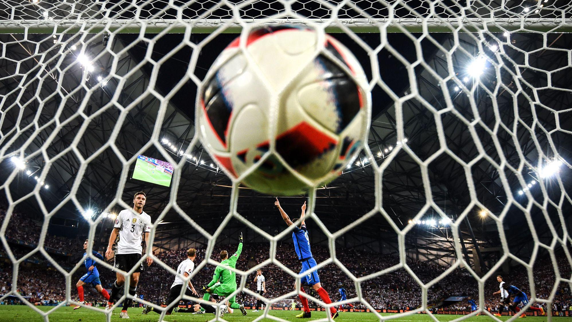 ロシアW杯の優勝国を機械学習で予測、結果は惨敗