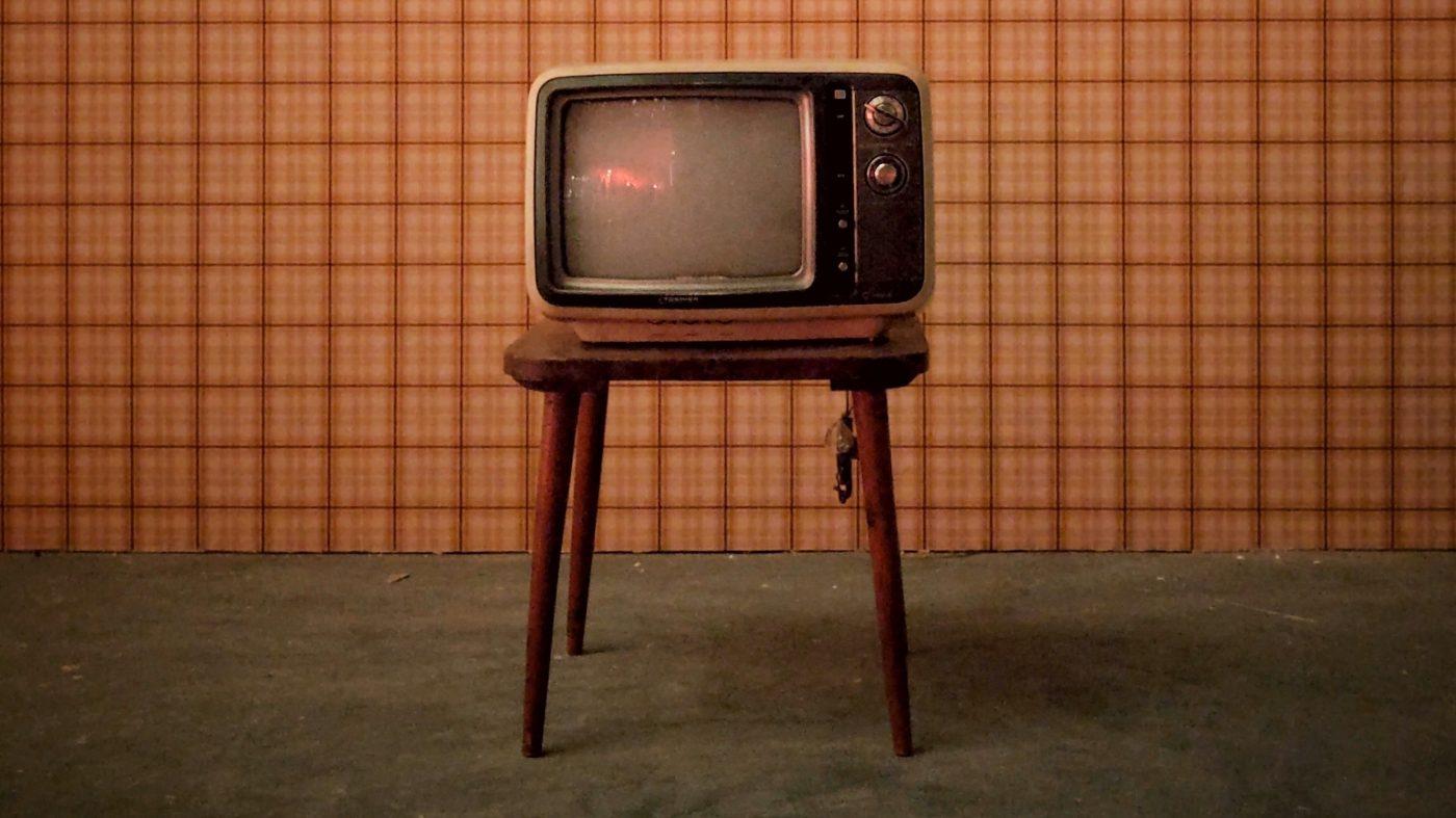 視聴データ収集はプライバシー侵害?テレビのネット化が進行中
