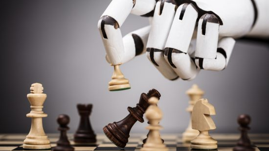 深層学習万能論に異論、進化的アルゴリズムがゲームで勝つ