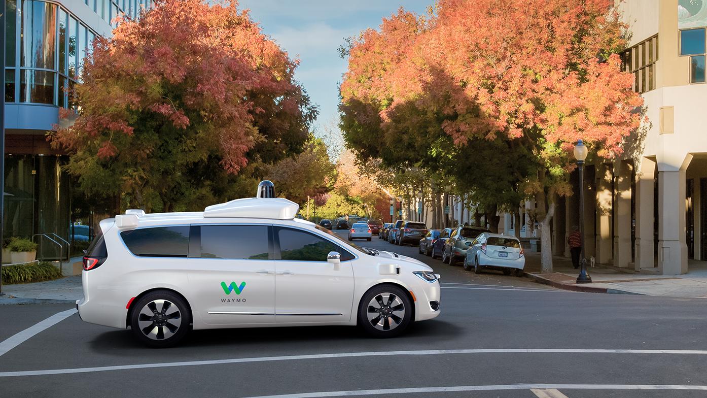 ウェイモの自動運転車、公道試験で1日4万キロを走行中