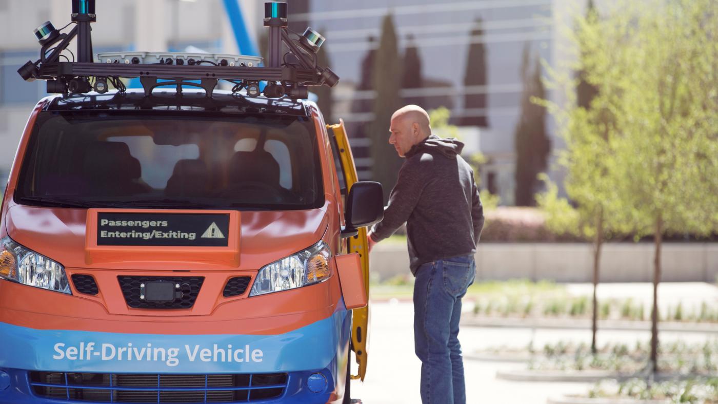 米スタートアップの自律自動車、テキサス州で乗客輸送を開始