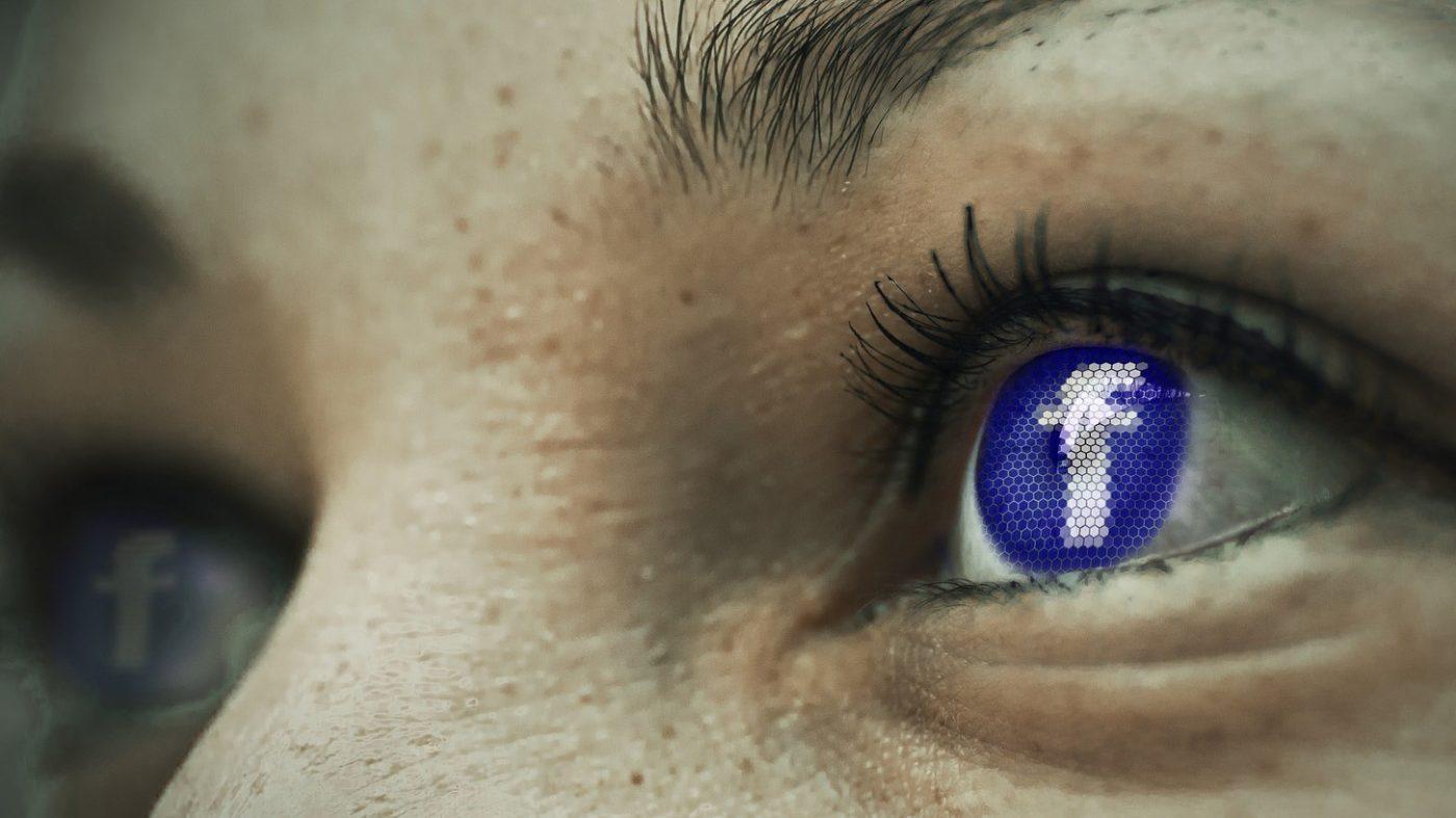 フェイスブックが「使いすぎ」防止に新機能、インスタにも