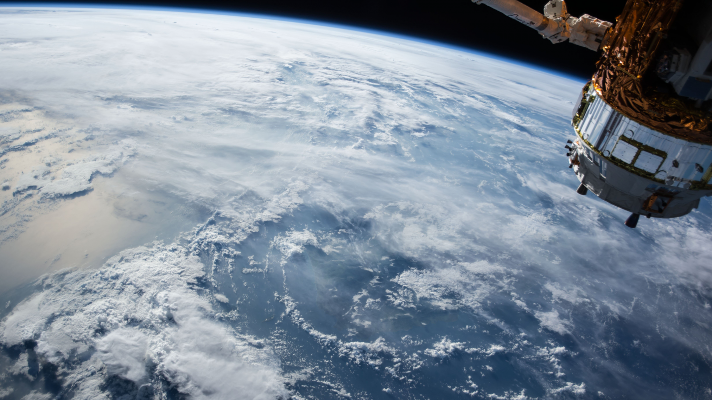 米副大統領が「宇宙軍創設」を宣言、中露に対抗