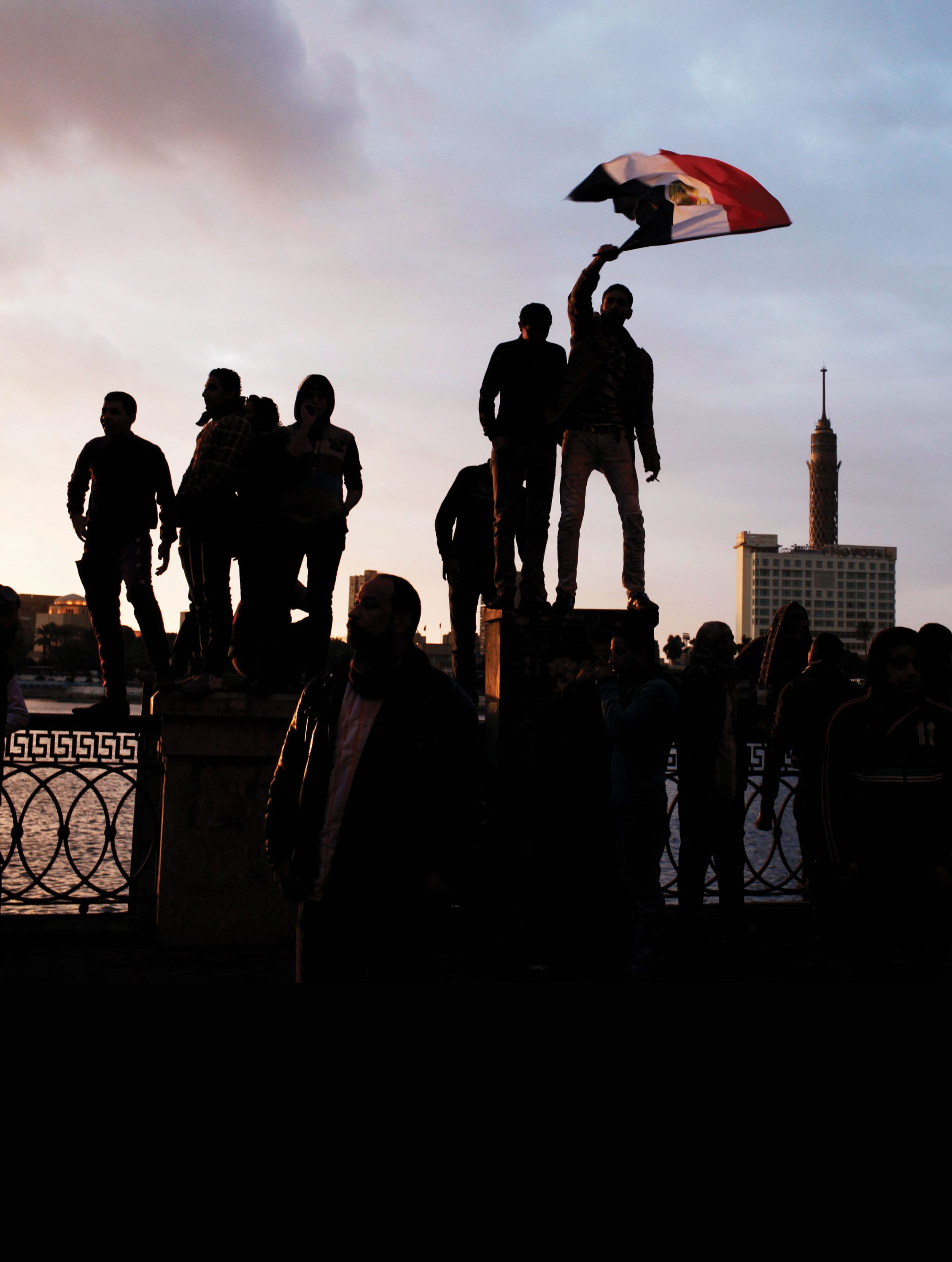 アラブの春からトランプへ 政治を変えた ソーシャルの幻想と現実