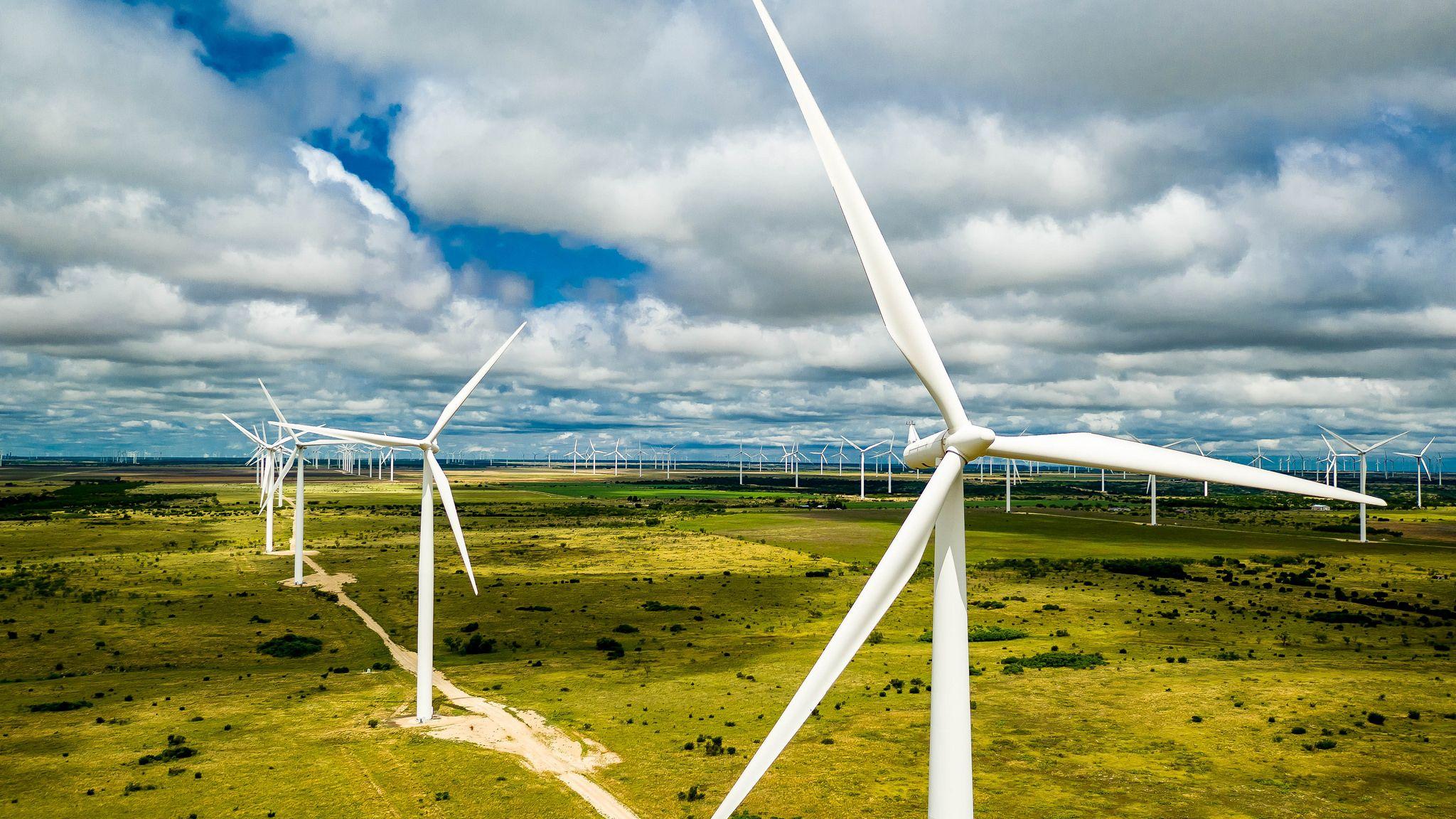 風力発電所とサーバーを「垂直統合」、ビットコイン採掘で新モデル