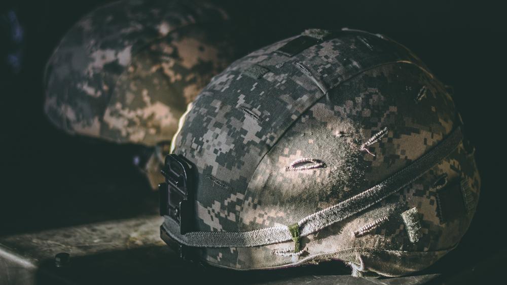 グーグル、退役軍人の「職探し」を支援する検索新機能