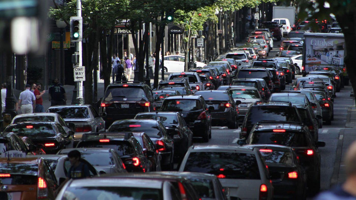 ウーバーとリフトが渋滞対策で新機能、代替手段を提示