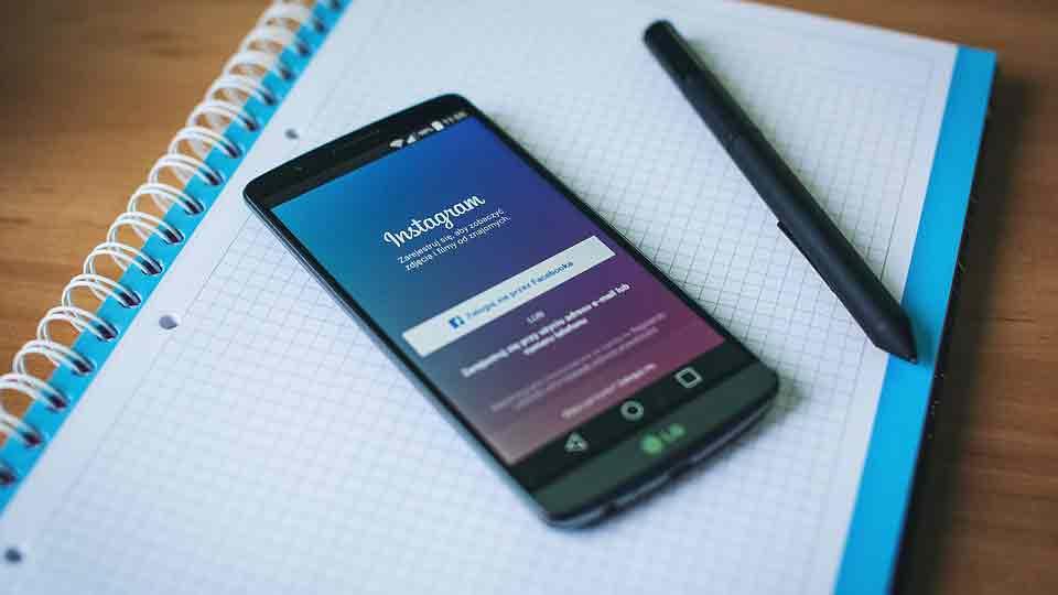 インスタ創業者の2人がフェイスブック退社へ