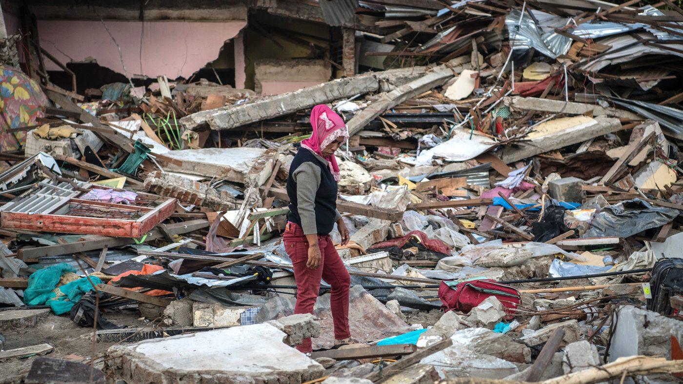 インドネシア津波、高度警報システム整備も財源不足で機能せず