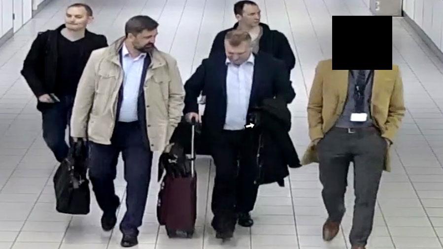 ロシア人ハッカー集団がオランダで逮捕、駐車場からWi-Fi侵入