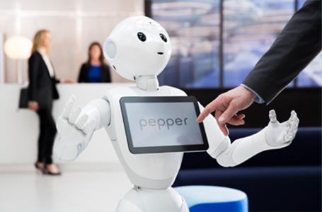 英国議会、ソフトバンクの「ペッパー」を証人喚問へ