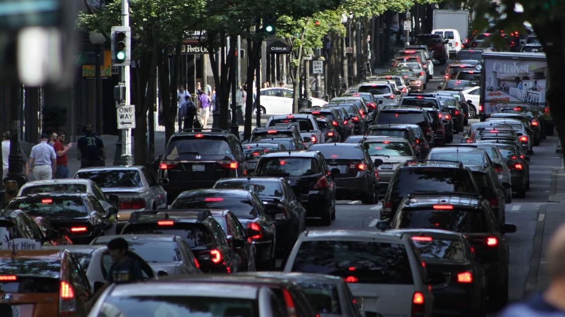 米国で交通事故死亡者が急増、ライドシェアが影響か?