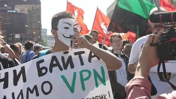 各国でネットの自由度が低下、メディア規制や監視強化が要因