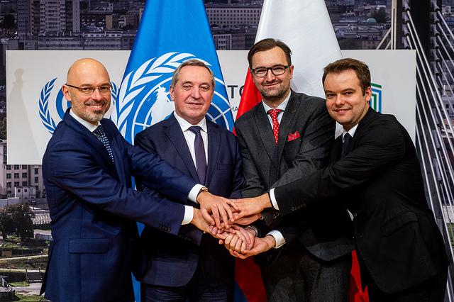 COP24閉幕、パリ協定実施ルールで合意