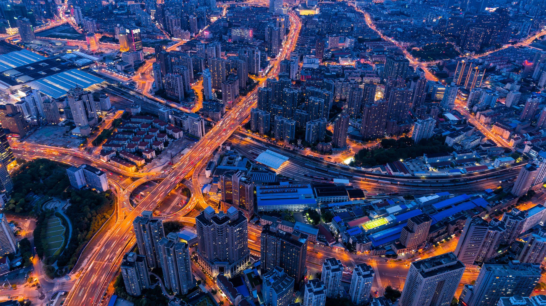 強烈な「EVシフト」で中国は自動車産業を制するのか?